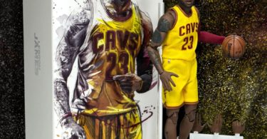 NBA Collection LeBron James Motion Masterpiece 1:9 Figure