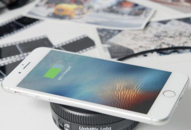 Qi-Enabled Wireless Camera Lens Charger