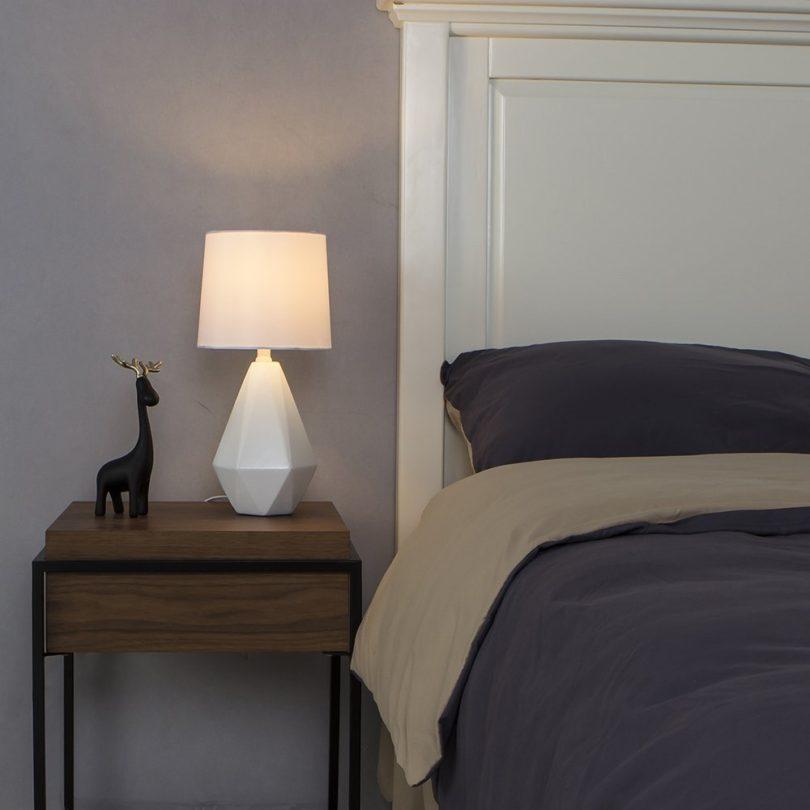 SOTTAE Modern Resin Table Lamp