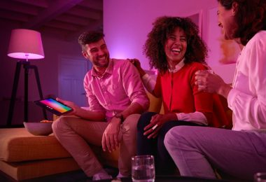 Philips Hue White and Color Ambiance starter kit + Hue Lightstrip