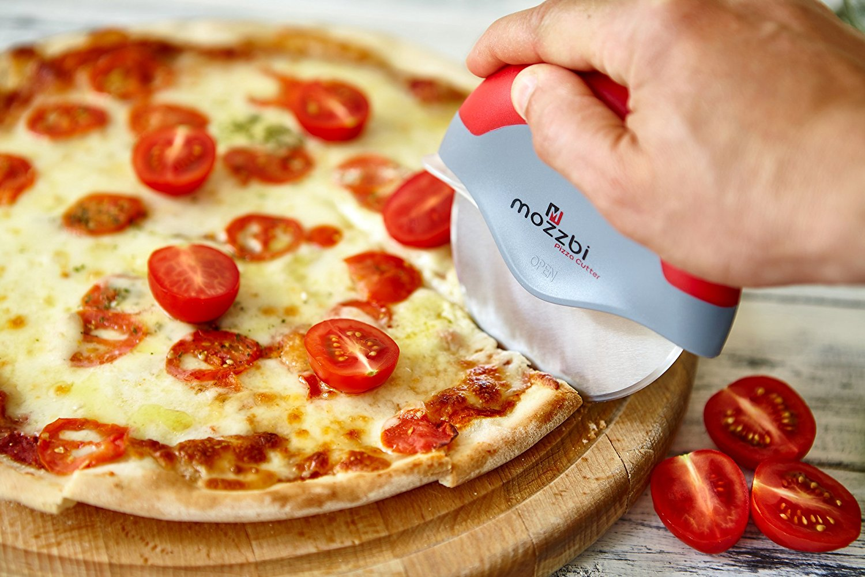 Premium Pizza Cutter Wheel by Mozzbi
