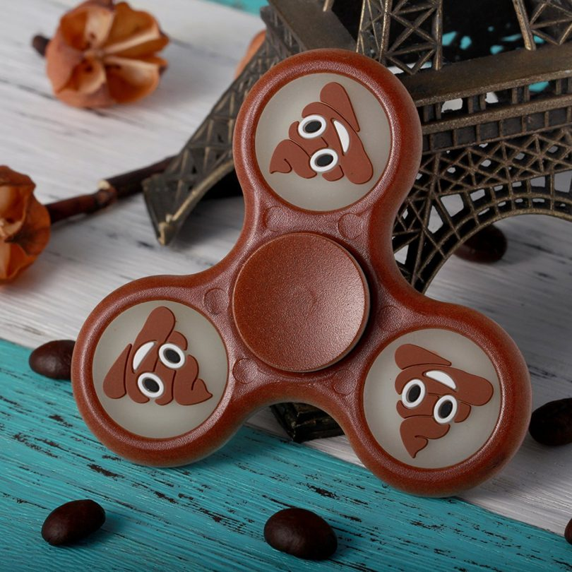 Zemojis Glow in the Dark Tri-Spinner