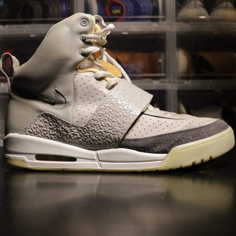 Nike Air Yeezy Zen Grey