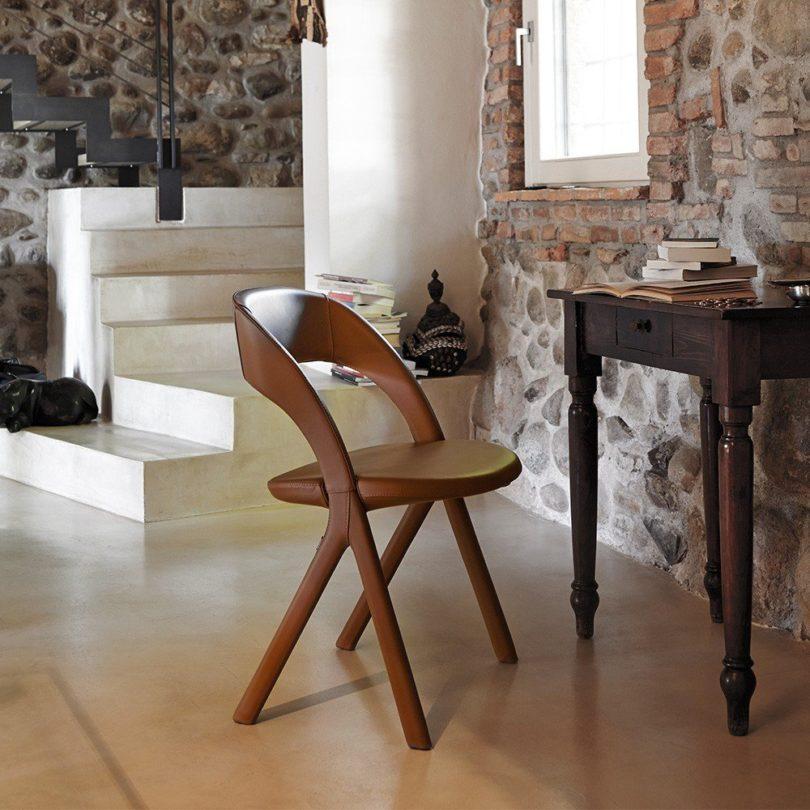 Gesto Chair