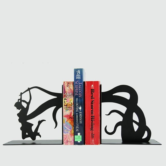 Tentacle Attack Bookends