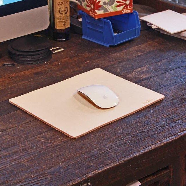 No. 714 Mouse Pad in Natural Tan