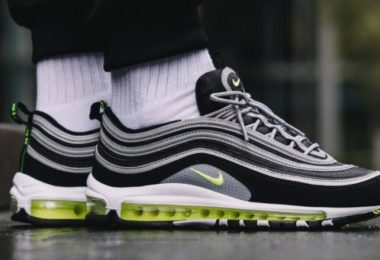 Air Max 97 OG Black Volt