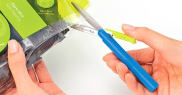 Plus Pen Style Compact Twiggy Scissors with Cover