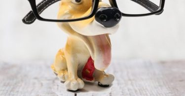 Dog Statue Glasses Holder