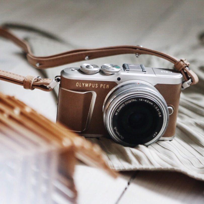 Olympus PEN E-PL9 Mirrorless Digital Camera