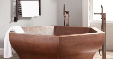 Riley Hexagon Hammered Copper Bathtub