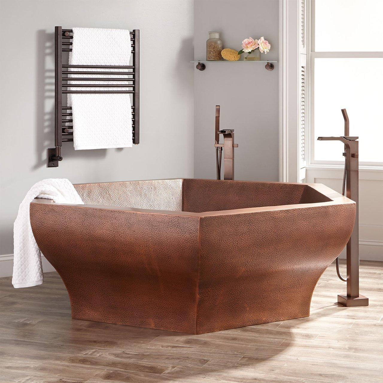 Riley Hexagon Hammered Copper Bathtub