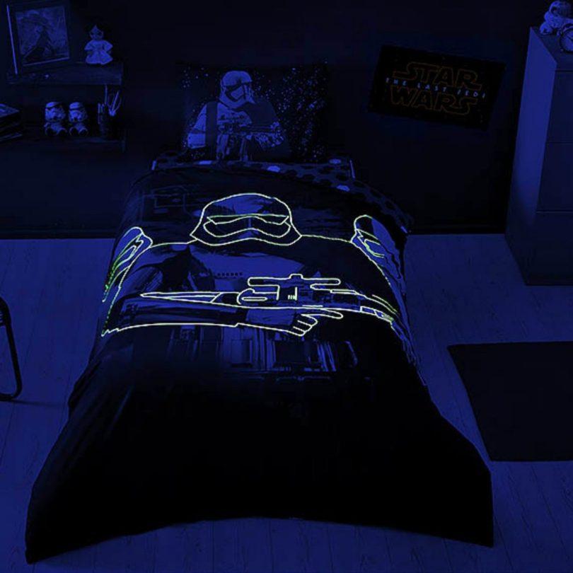 Star Wars The Last Jedi Glow In The Dark Duvet Cover Set