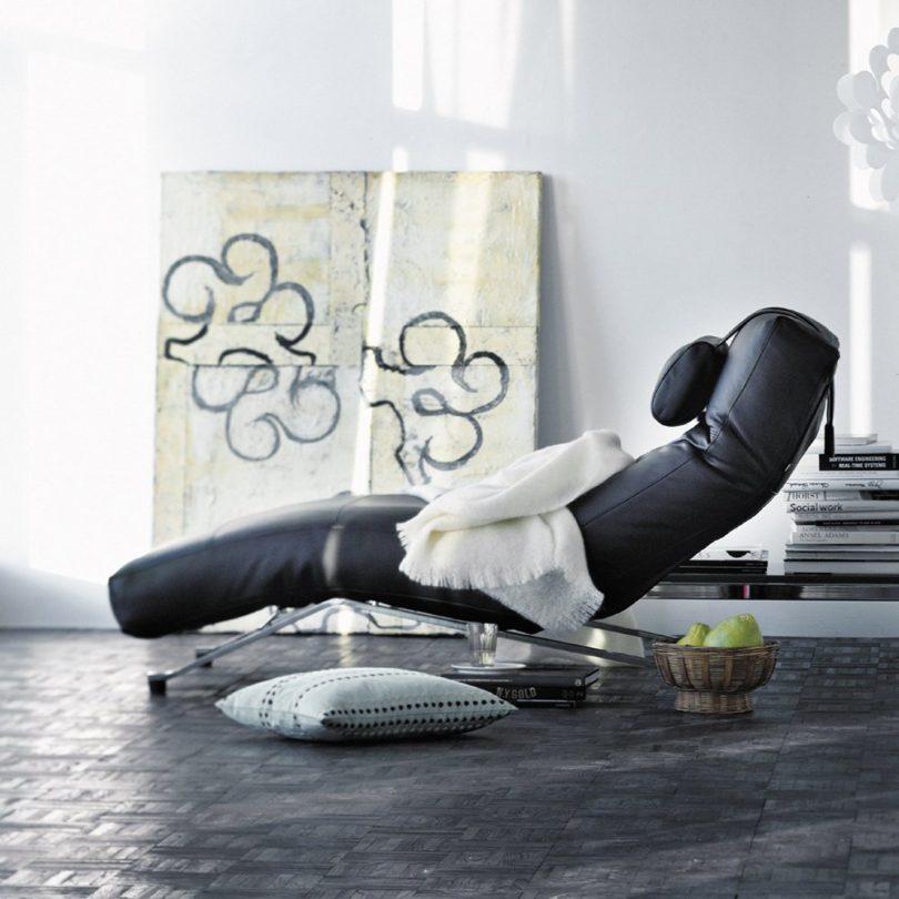 Control Lounge Chair
