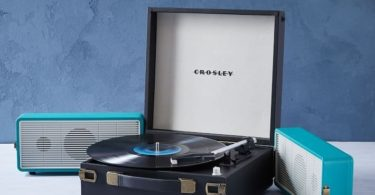 Crosley Snap Fold-Out Speakers Turntable