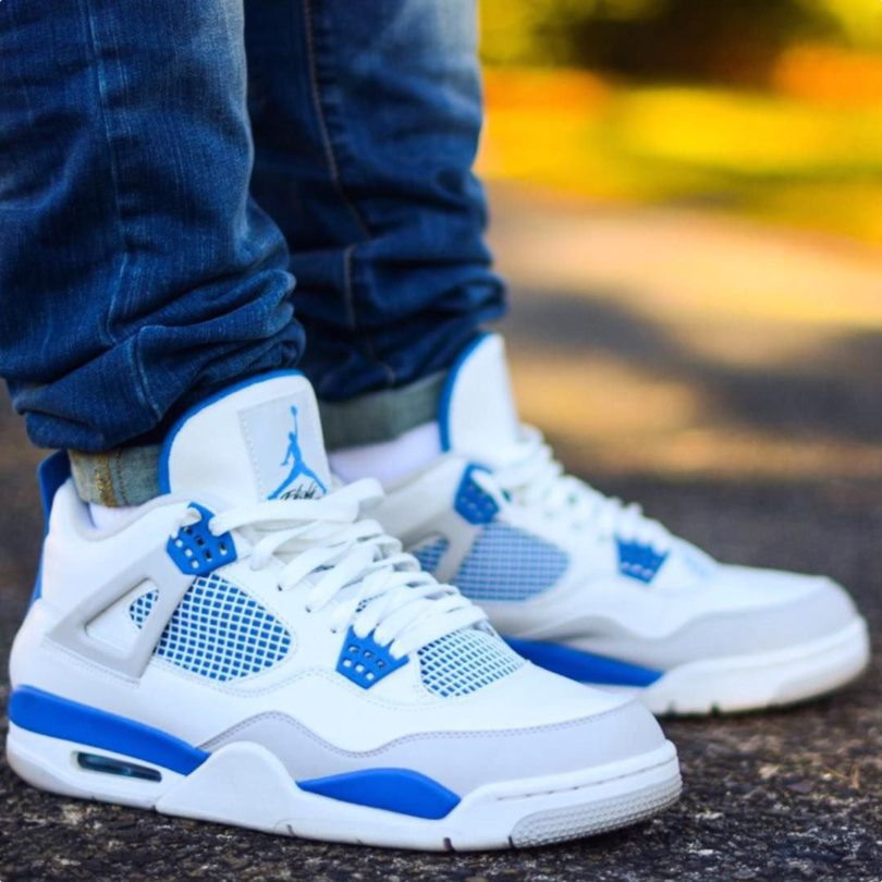Jordan 4 Military Blue