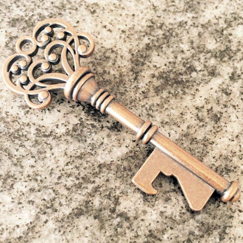 Rustic Key Bottle Opener Set