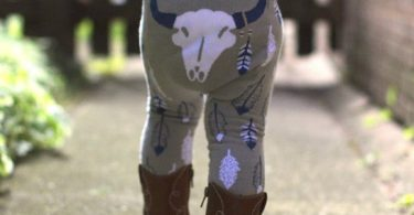 Southwest Steer Feathers Legging