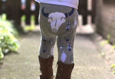 Southwest Steer Feathers Legging