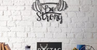 Be Strong Metal Wall Decor