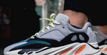 Adidas Yeezy Wave Runner 700 Solid Grey