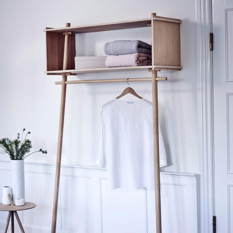 Töjbox Coat Hanger