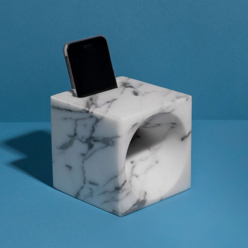 Miki Smartphone Sound Amplifier by Stefano Pasotti for StoneLab Design