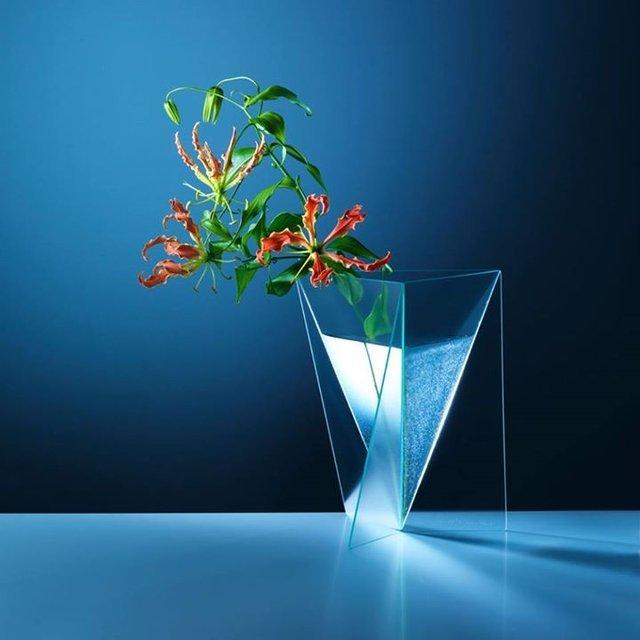 Delta Vase by Mart van Schijndel