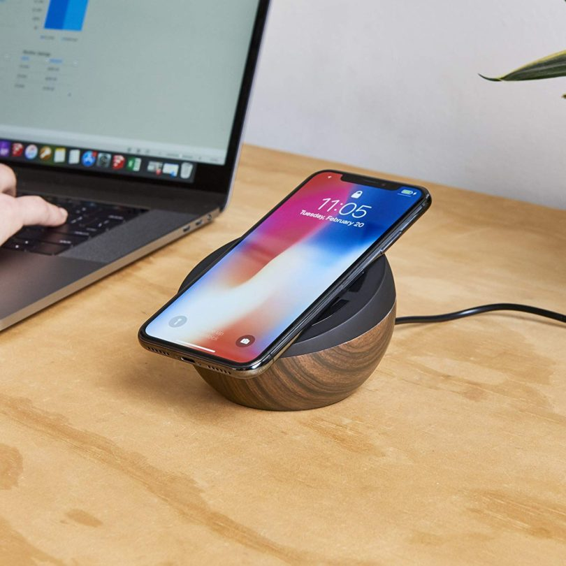TYLT Twisty 10W Wireless Charging Pad and Adjustable Stand