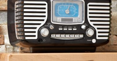 Corsair Clock Radio by Crosley