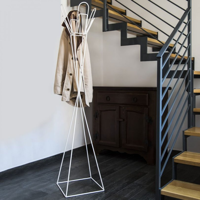 Pianta Graffa Coat Stand