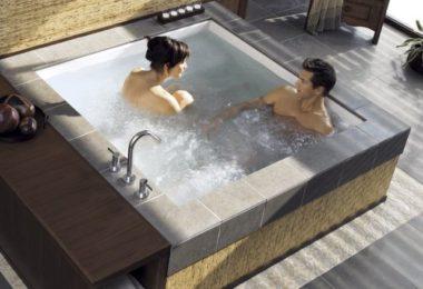 Consonance Two Person Whirlpool Bathtub