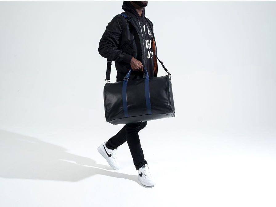 Hook and Albert Project 11 Garment Weekender Bag