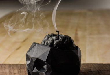 Geometric Skull Vessel + Brain Candle