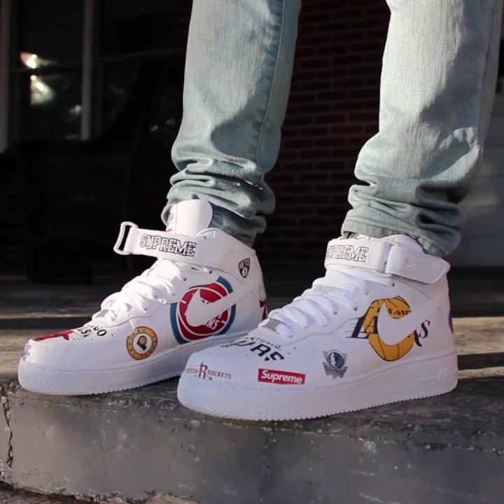 Air Force 1 Mid '07 / Supreme White