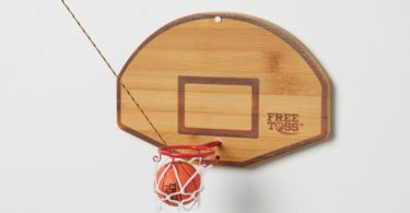 Free Toss Hook and Ring Game