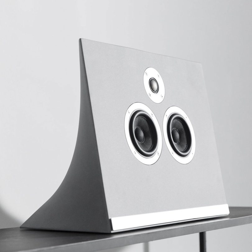 Master & Dynamic MA770 Concrete Wireless Speaker