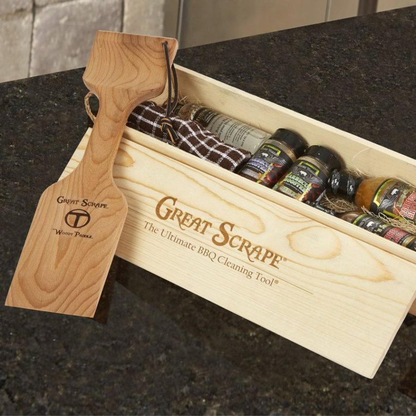 Gift Box with Woody Paddle