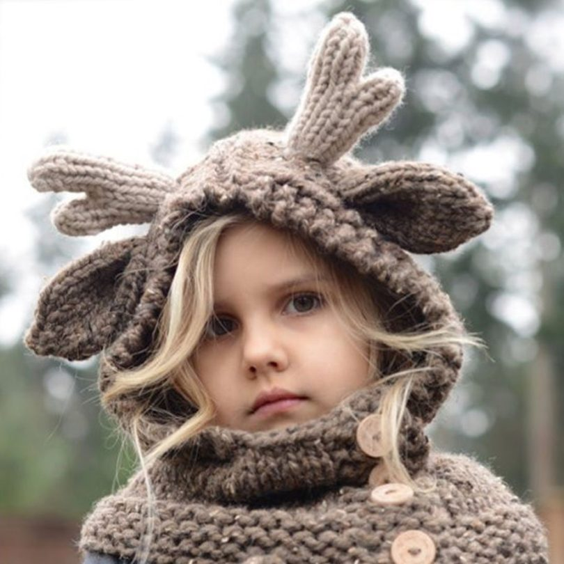 Knitted Elk Hat & Gloves