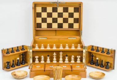 Art Nouveau Game Box