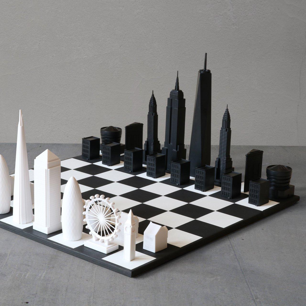 New York Vs London Skyline Chess Set 187 Petagadget