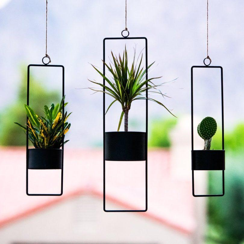 Matte Black Small Upright Hanging Planter