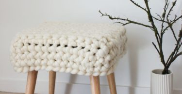 Natural Chunky Sheep Stool by Com Raiz