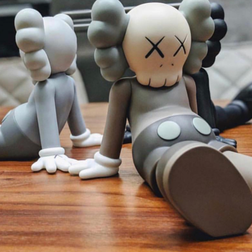 Kaws Holiday Companion Vinyl Figure Complete Set of 3