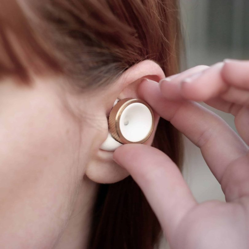 Knops Volume Control Earbuds