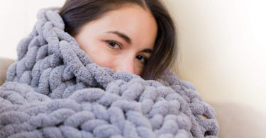 Chunky Knit Luxury Throw Blanket