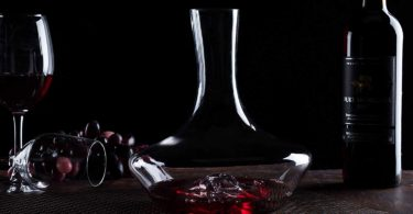 NP YouYah Iceberg Wine Decanter- 100% Hand Blown Lead-free Crystal Glass