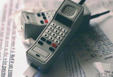 Wattz Up Brick Phone Charger