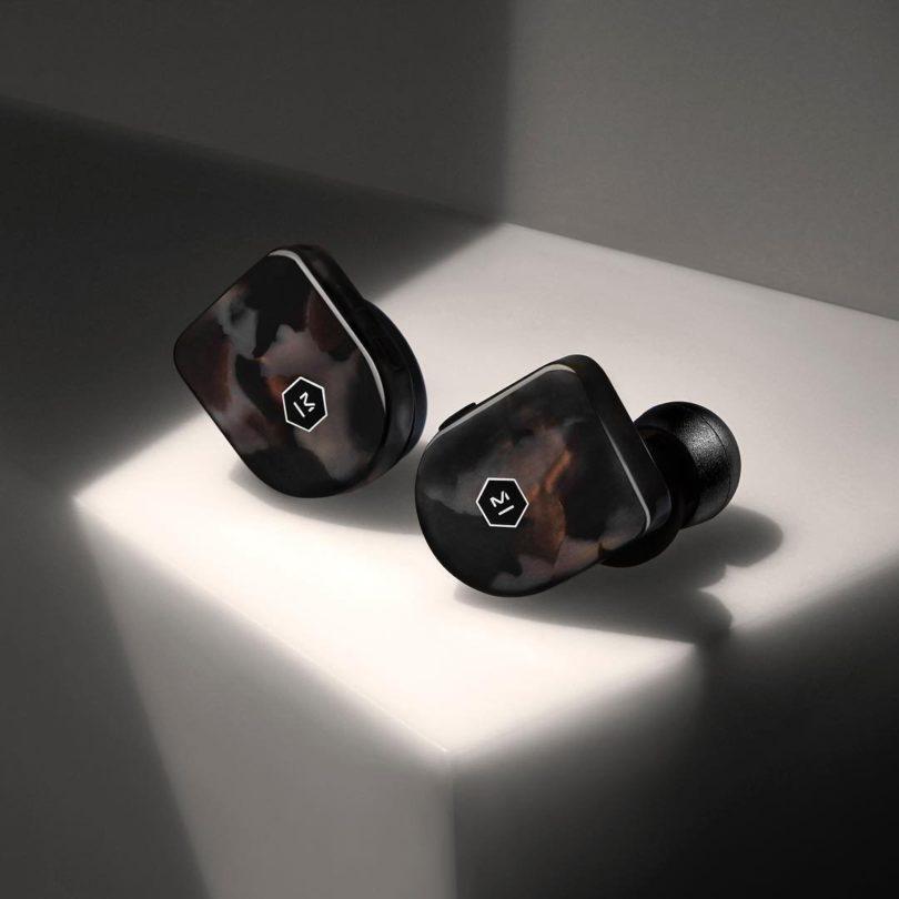 MW07 Wireless Earphones