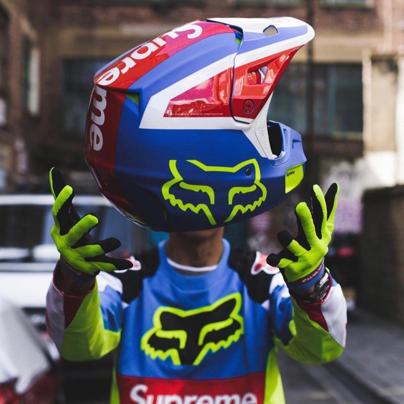 Supreme Fox Racing V2 Helmet Multicolor